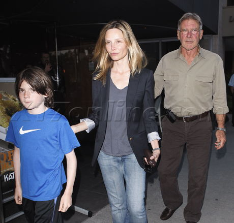 Calista Flockhart With Harrison Ford And Son - Calista Flockhart