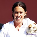Alanis Morissette Takes Her Doggy To The Vet