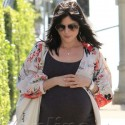 Hollywood Starlets Show Off Their Bump
