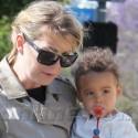 Ellen Pompeo Shops With Daughter Stella