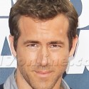 Ryan Reynolds Rocks The MTV Red Carpet