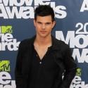 Taylor Lautner Arrives At The MTV Movie Awards