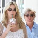 Rod Stewart Grabs Starbucks With His Fam