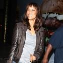Tyra Banks And Craig Robinson Get Yogurt Together