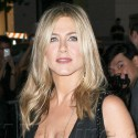 Jennifer Aniston Looks Hot At The Five Screening