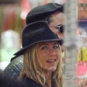 Jennifer Aniston And Justin Theroux Shop For Kitchenware