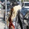 Christina Aguilera Shops In Sheer Tights