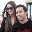 Pete Wentz And His Girlfriend Go Shopping