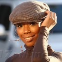 Brandy Norwood Gives Us A Grin While Out Shopping