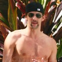 Michael Phelps Shows Off His Hot Bod At The Pool