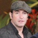 Jean Dujardin Heads Back To France After The Oscars