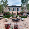 Christina Aguilera Is Still Trying To Sell Her Beverly Hills Home