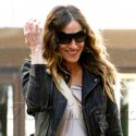 Sarah Jessica Parker Steps Out With Her Twin Daughters Tabitha And Marion