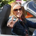 Steven Tyler Buys Flowers For Fiancee On Valentine's Day
