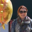 Alyson Hannigan Gets Carried Away