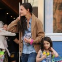 Katie And Suri Have A Mom And Daughter Day In NYC