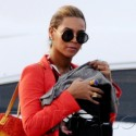 Beyonce And Jay-Z Take Baby Blue To The Beach