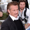 Sean Penn And Petra Nemcova Smile For The Cameras