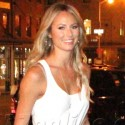 Stacy Keibler Meets Girlfriends At Bagatelle