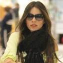 Sofia Vergara Carries Her Own Luggage