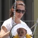 Kristin Davis Takes Her Daughter To The Park