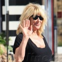 Suzanne Somers Enjoys A Beach Day With Her Husband