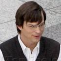 Ashton Kutcher Gets Into Character As Steve Jobs