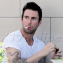 Adam Levine Does Lunch With A Pal In Los Feliz