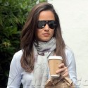 Pippa Middleton Grabs Coffee In London