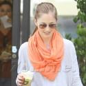 Minka Kelly Dresses Casual To Run Errands