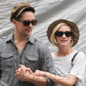 Ashlee Simpson And Beau Vincent Piazza Go For A Stroll In NYC