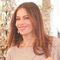 Sofia Vergara Flaunts Her Rock At The Hair Salon