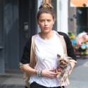 Amber Heard Goes For A Stroll In NYC With New Hair Color