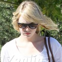 Emma Stone Gets Her Hair Done