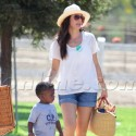 Sandra Bullock Steps Out With A Mystery Man