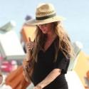 Pregnant Gisele Bundchen Hits The Beach