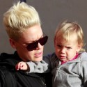Pink And Daughter Willow Get Coffee In Venice