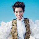 Anne Hathaway In The December Issue Of Vogue