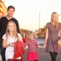 Peter Facinelli Takes His Daughters Shopping
