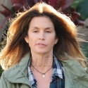 Cindy Crawford Ditches Her Makeup