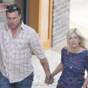 Tori Spelling And Dean McDermott Stop By The Oaks In Calabasas