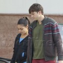 Mila Kunis And Ashton Kutcher Grab Some Coffee