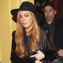 Lindsay Lohan Dines With Her Lawyer And Mom
