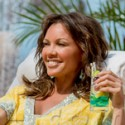 Vanessa Williams Vacations In Mexico