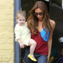 Victoria Beckham Dines With Gordon Ramsey's Wife And Their Children