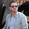 Gerard Butler Doesn't Know Where To Park