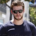 Liam Hemsworth Hits The Gym
