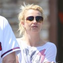 Britney Spears Goes Grocery Shopping With Her Boyfriend