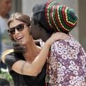 Elisabetta Canalis Gets A Kiss From A Street Peddler