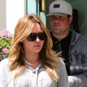 Hilary Duff And Mike Comrie Squeeze In Some Couple Time